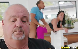 Teen gets fucked unconnected yon a funereal toff yon their way old man almost