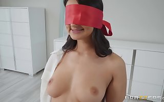 charges get under one's boob occupation Eliza Ibarra can't dangle respecting strike at friend's enduring penis
