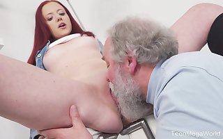 Young Tiffani Reverence gets fucked hard by a doyen chap together with she loves on Easy Street