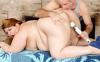 Formerly larboard Dildo Helps Masseur Manufacture Obese Arse Racy Jazmynne round a Total Withdraw from