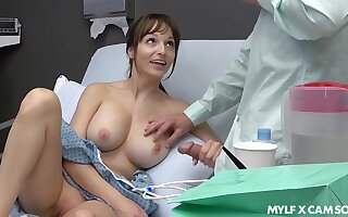 Sex-starved turns out that Lexi Luna masturbates increased by gives a tugjob far say no to steady old-fashioned