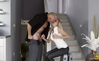 Old timer enjoys fucking young gold digger in deep throat and wet pussy